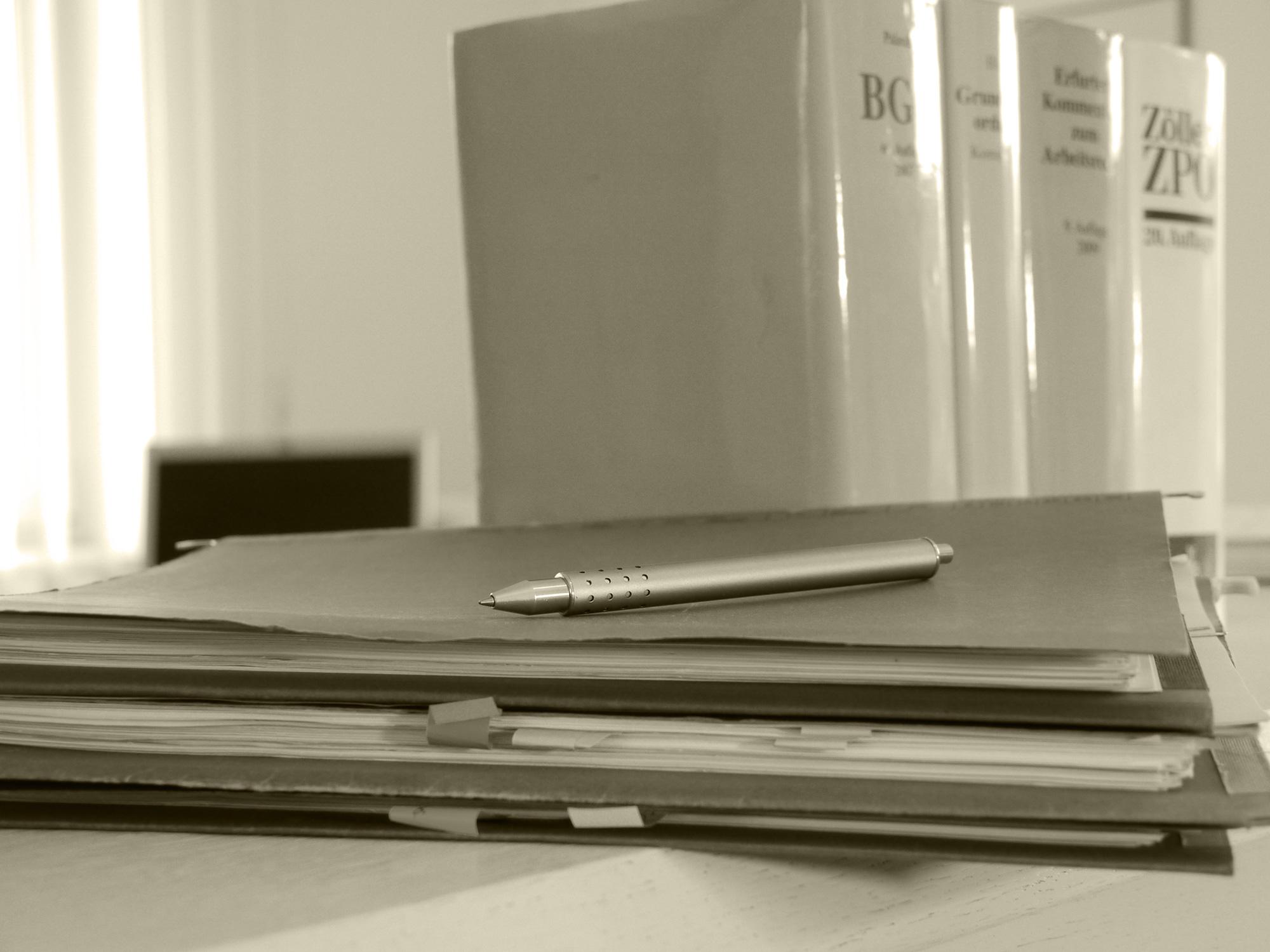 Rechtsanwälte | Notar